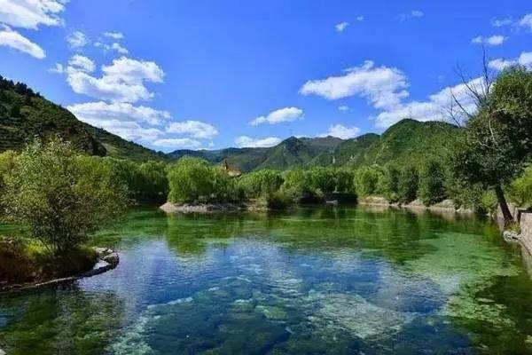 首页 山西好风光 直播景区  沁源因沁河之源而得名,古为冀州之域.
