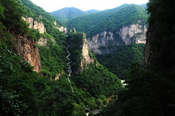 首页 山西好风光 直播景区  山西盂县藏山风景区是赵氏孤儿发源地