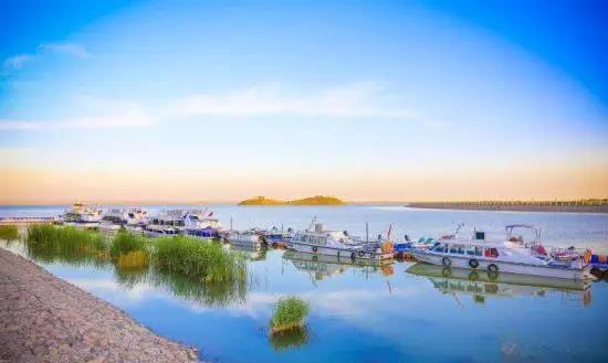 首页 壮美内蒙古 旅游风景线  水绕城转,城因水活.